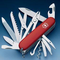Складной нож на рыбалке