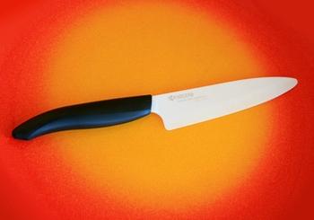 японский керамический нож Kyocera