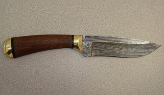 Современные ножи из дамасской стали